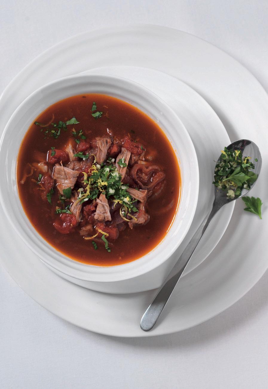Rajčatová polévka s telecím a gremolatou