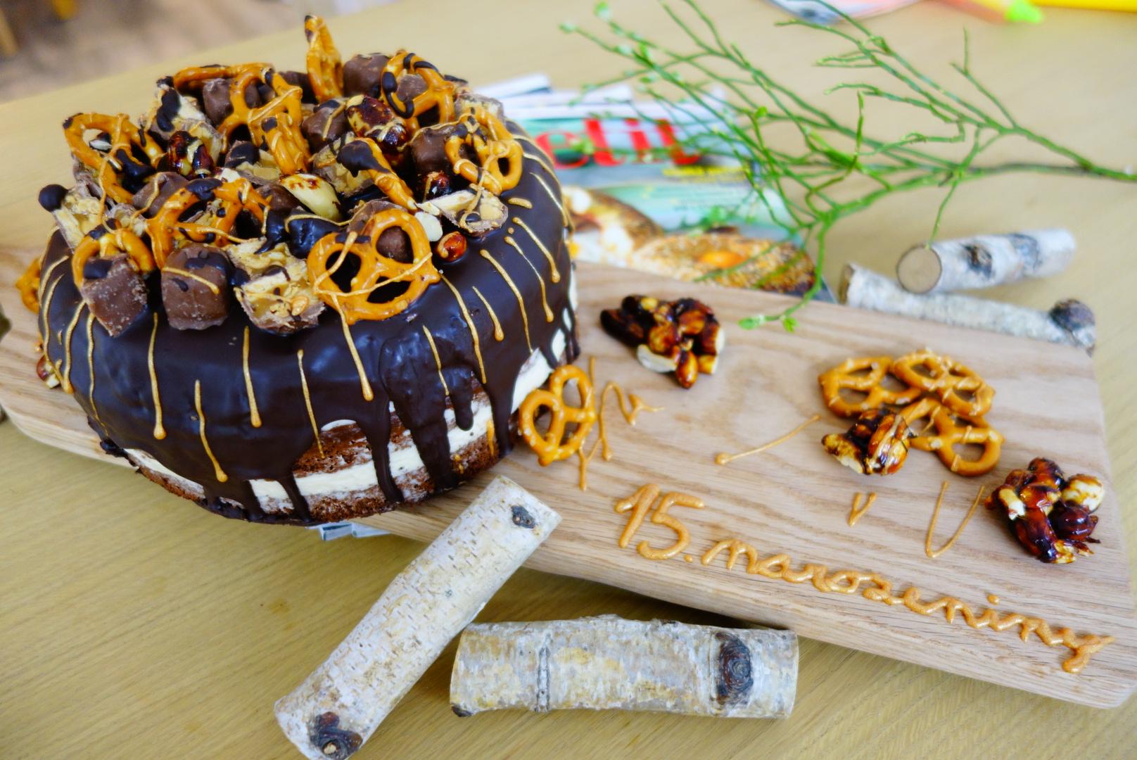 Karamelový dort k 15. narozeninám Apetitu