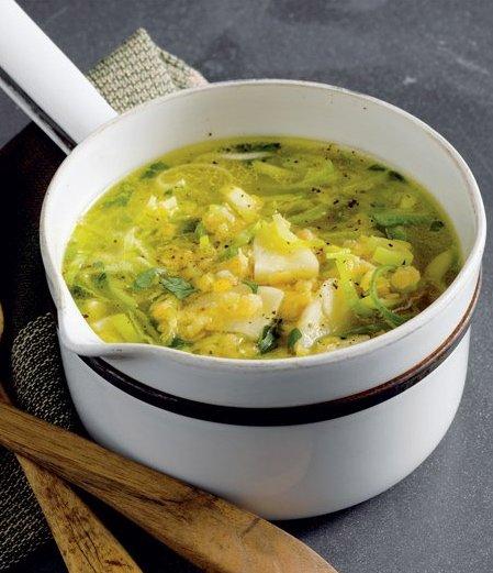Pórková polévka s čočkou a pastinákem