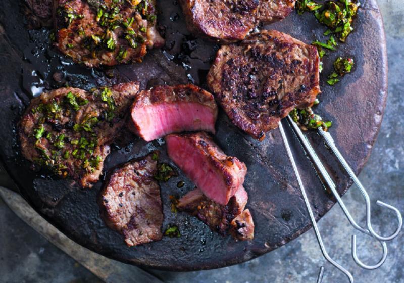 Argentinský steak s omáčkou chimichurri
