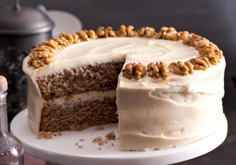 ořechový dort k narozeninám Ořechový dort s javorovým sirupem | Apetitonline.cz ořechový dort k narozeninám