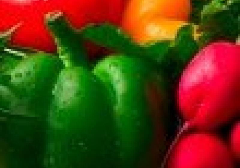 Salát z fety a zelených fazolek s pečenými rajčaty
