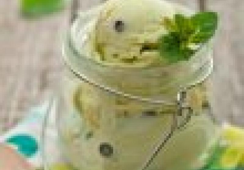 Orechovo-mrkvový koláč s ricottou
