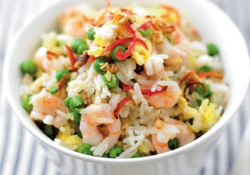 Rýže s vejci a krevetami