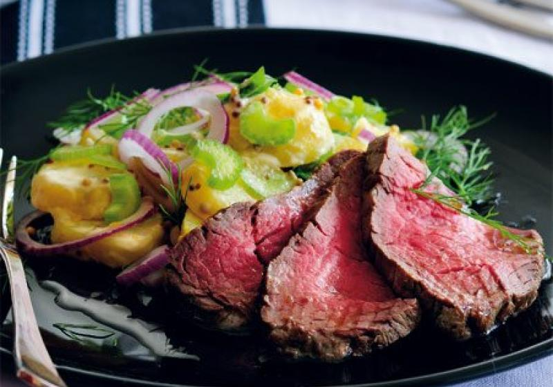 Rostbíf s bramborovým salátem