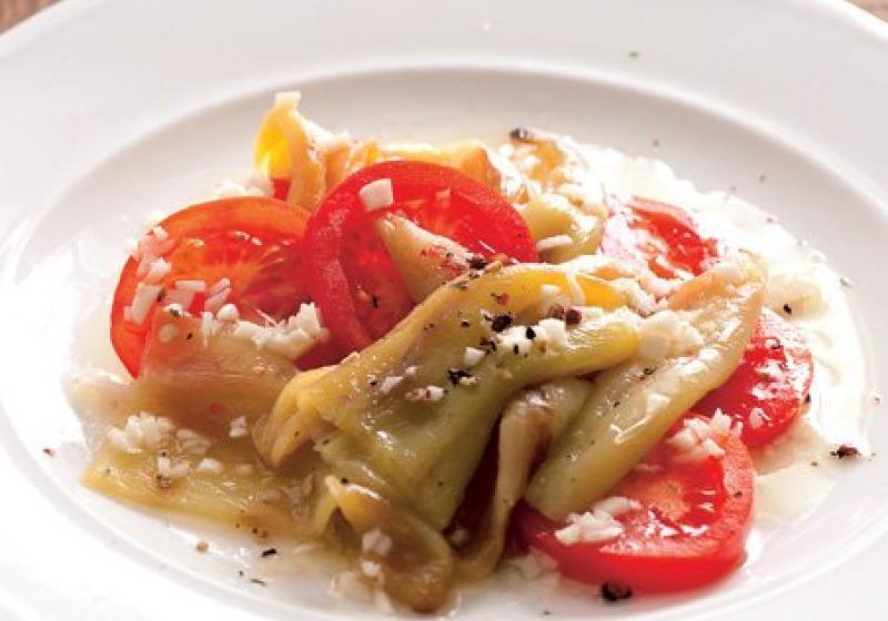salát z pečených paprik