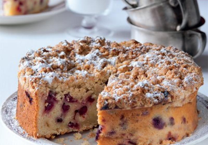 Brusinkový koláč s drobenkou