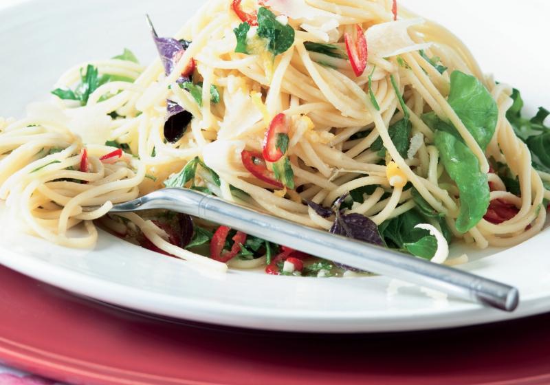 Omáčka bez vaření: bylinky & chilli paprička