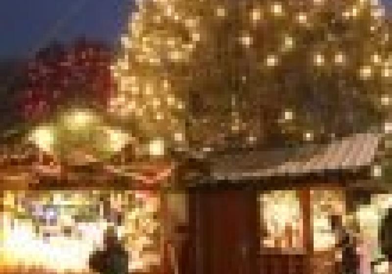 Za svařákem a nákupem vánočních dárků