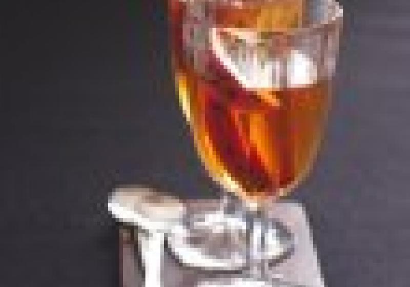 Nápoj na Vánoce: horké jablko s brandy