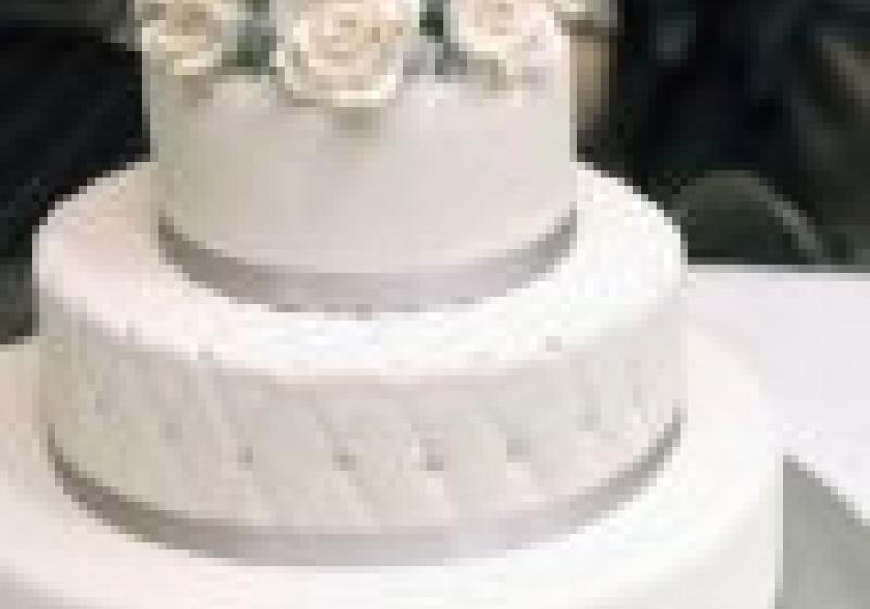 Svatební dort roku 2013 může být i ten váš