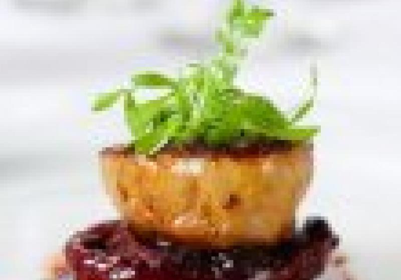 Čeští šéfkuchaři obhájili michelinskou hvězdu