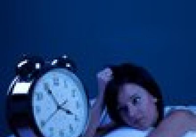 Trpíte nespavostí? Přestaňte se přejídat a večer nemyslete!