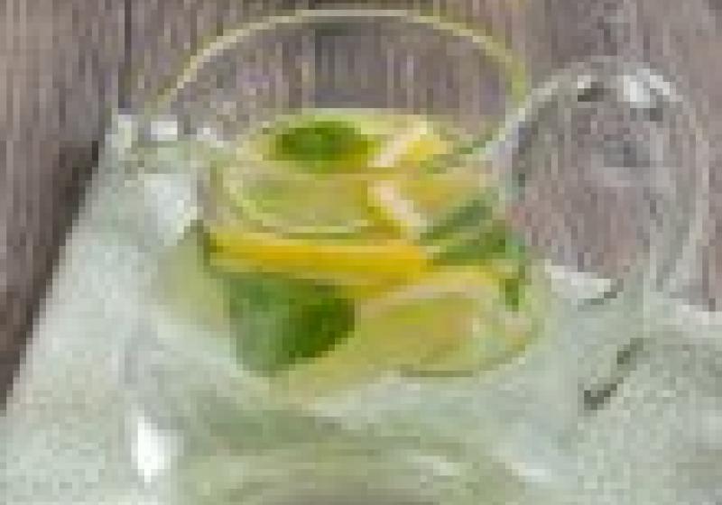 10 důvodů, proč pít vodu scitronem