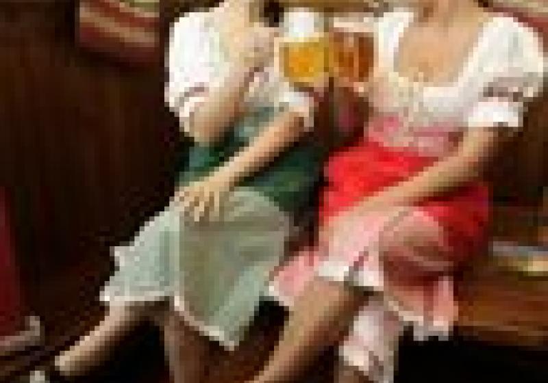Český pivní festival nabídne pivní zmrzlinu, divadlo i býka na roštu