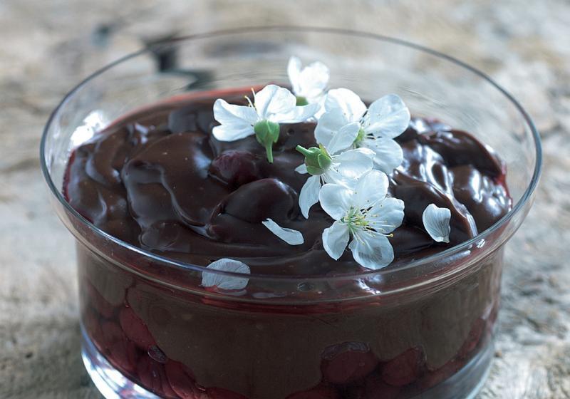 Čokoládový pudink s višněmi