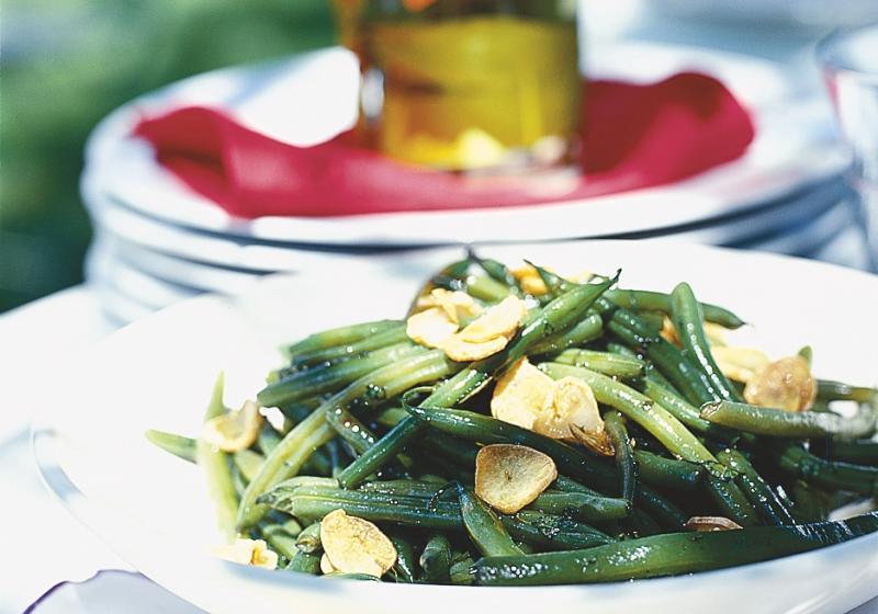 Zelené fazolky s česnekem a mátou