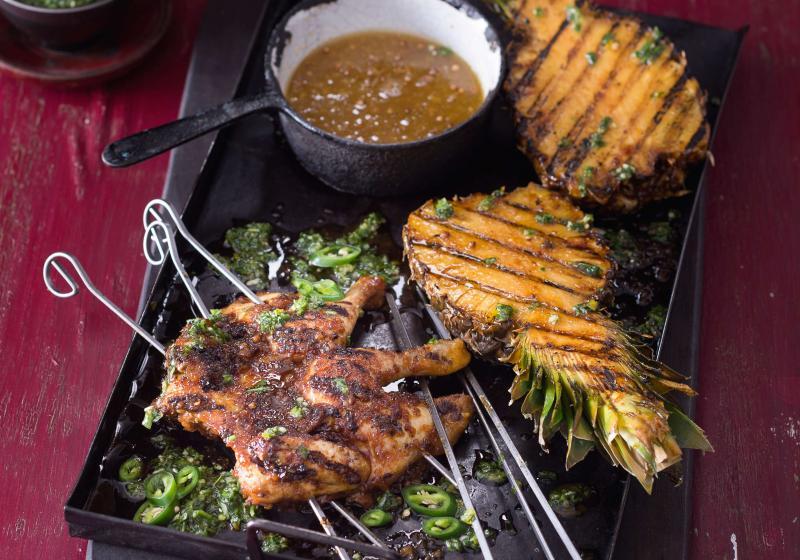 Grilované kuře s ananasem a karibskou salsou