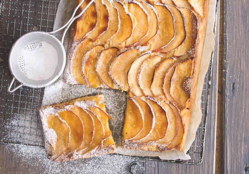 Koláč s jablečnými vlnkami