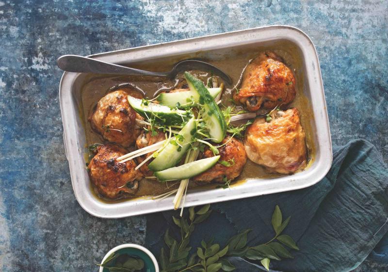Zelené kari s pečeným kuřetem