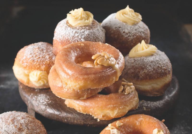 Koblihy & donuty se ciderem a javorovým sirupem podle Maškrtnice