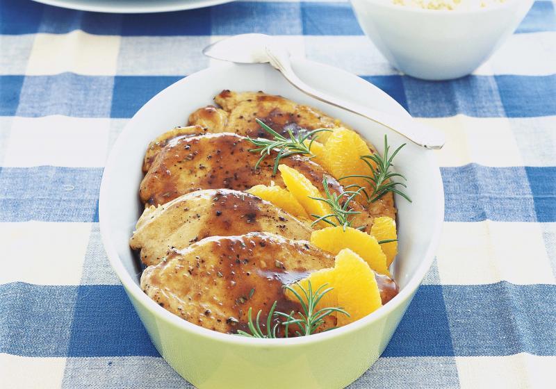 Kuře v pomerančích s rozmarýnem