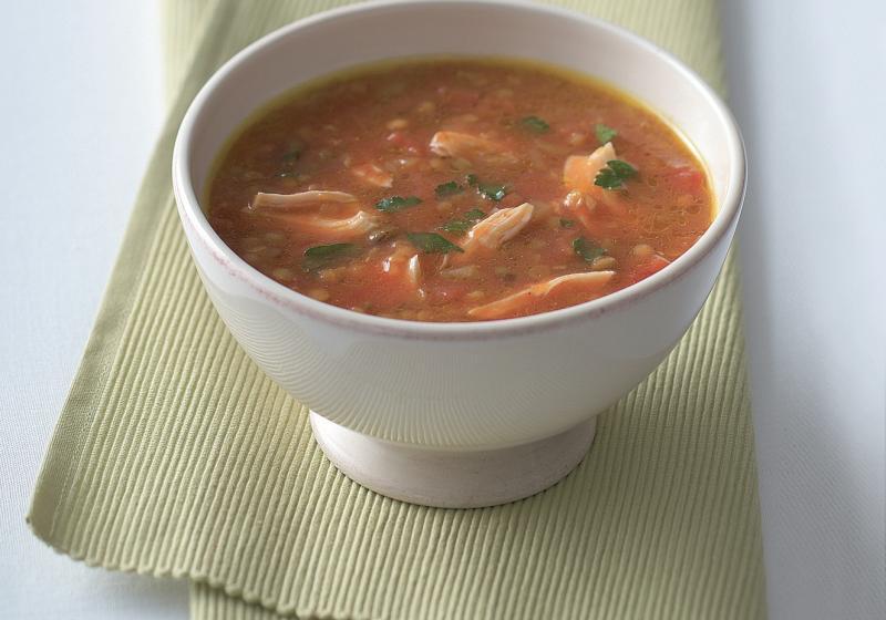 Pikantní kuřecí polévka s čočkou