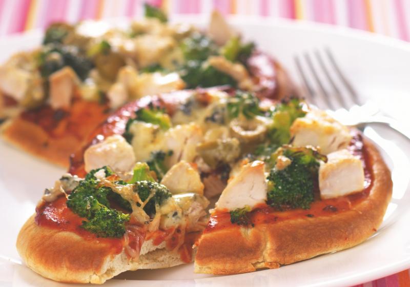 Pizza z pita chleba