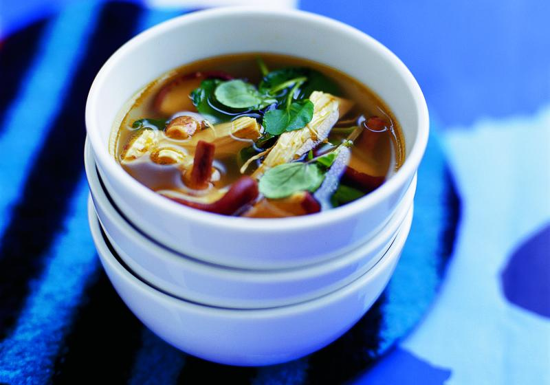 Kuřecí polévka s řeřichou