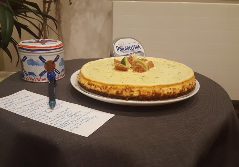 Limetkový cheesecake s bílou čokoládou a s holandskými vaflemi10