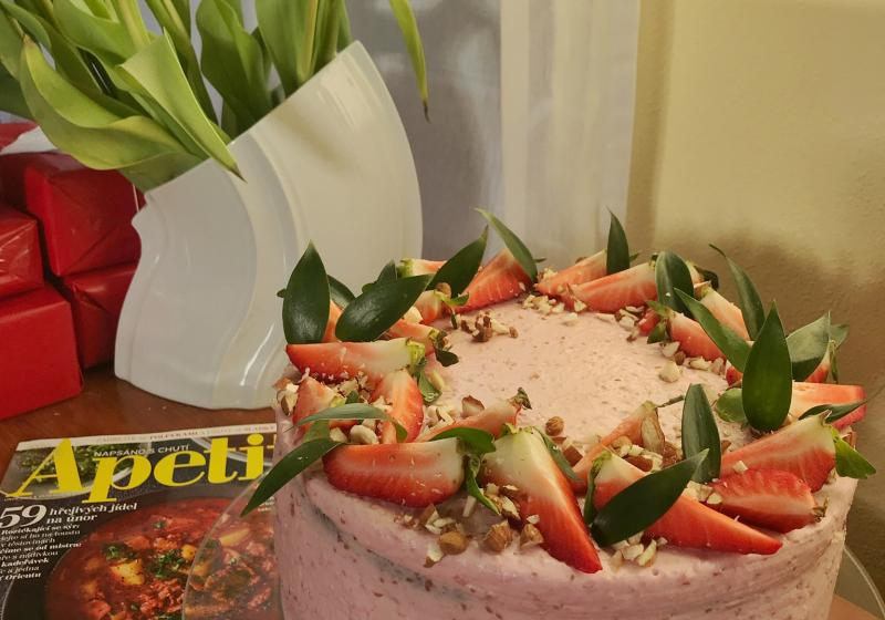 Malinový dort k 15. narozeninám Apetitu