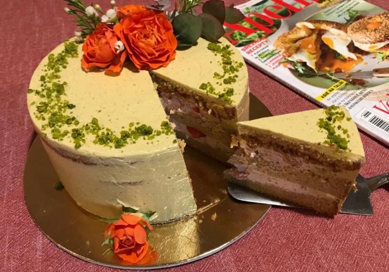 Pistáciový dort k 15.narozeninám Apetitu