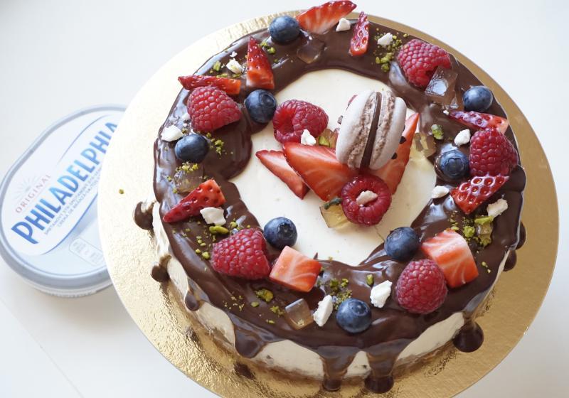 Slavnostní cheesecake s ovocem