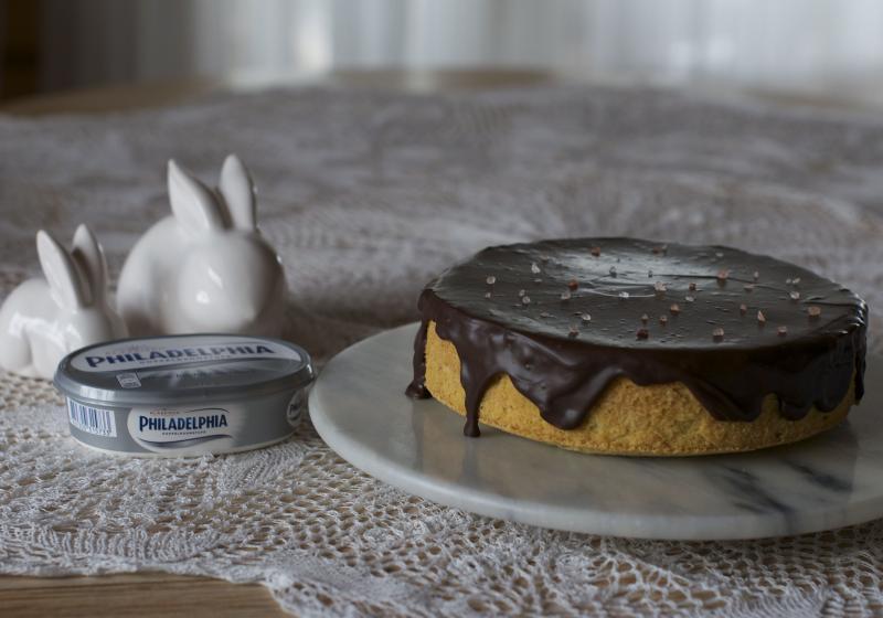 Arašídový cheesecake s karamelem
