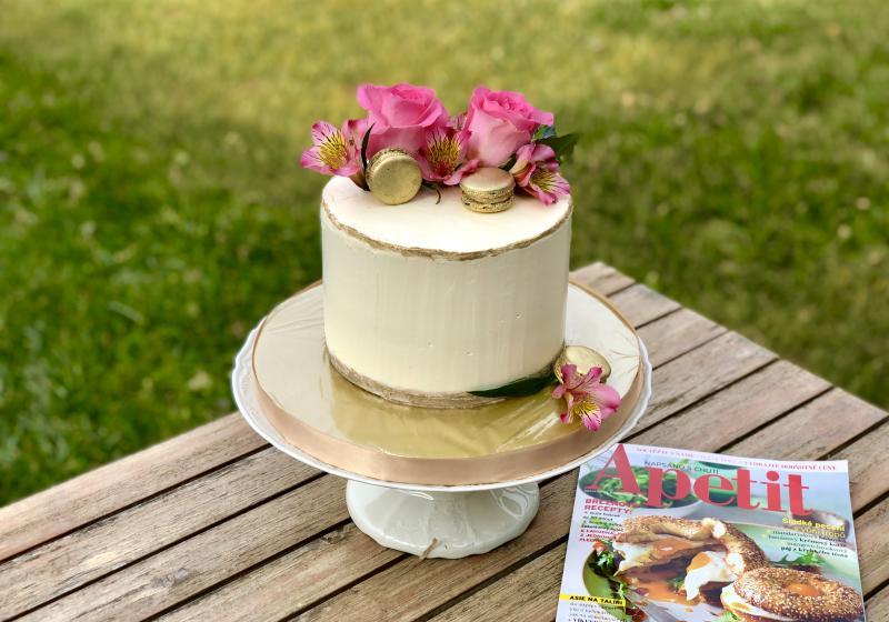 Hruškový dort s mascarpone a slaným karamelem