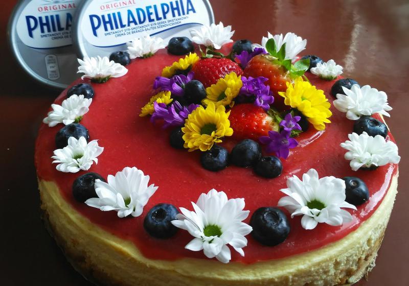Jarní jahodový cheesecake