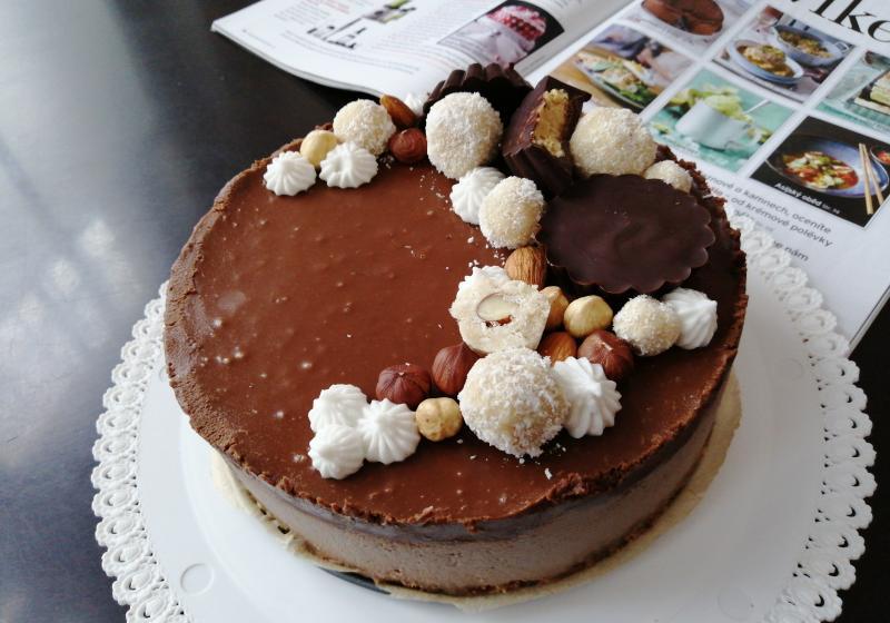 Veganský dort s nutellou k 15. narozeninám Apetit