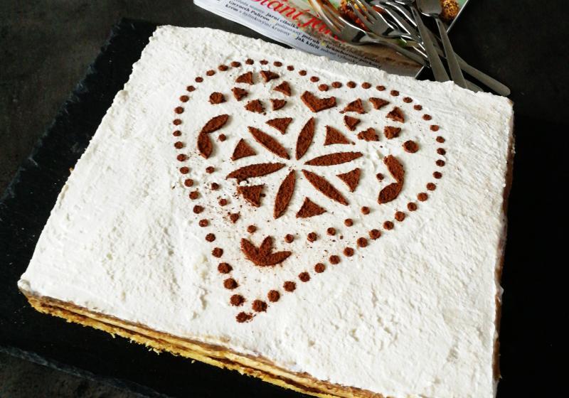Krémový oříškový dort