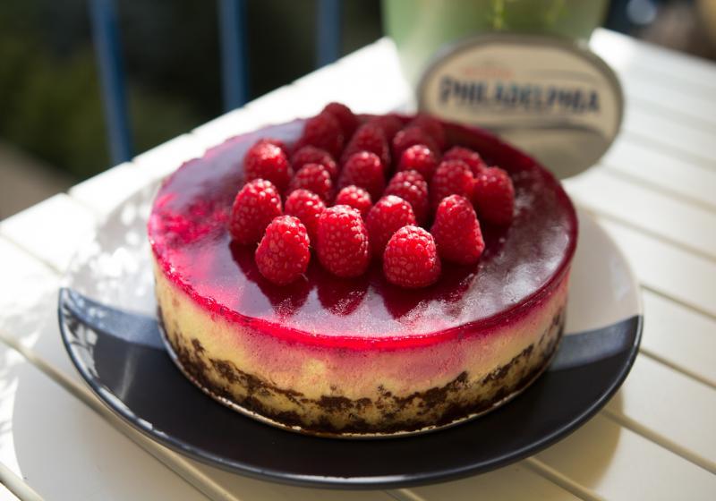 Cheesecake s červenou řepou