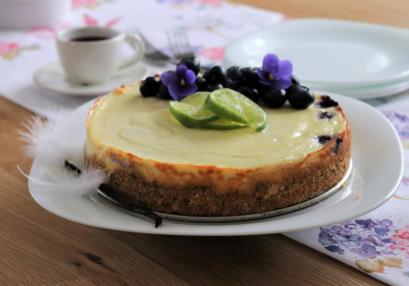 Svěží cheesecake s borůvkami