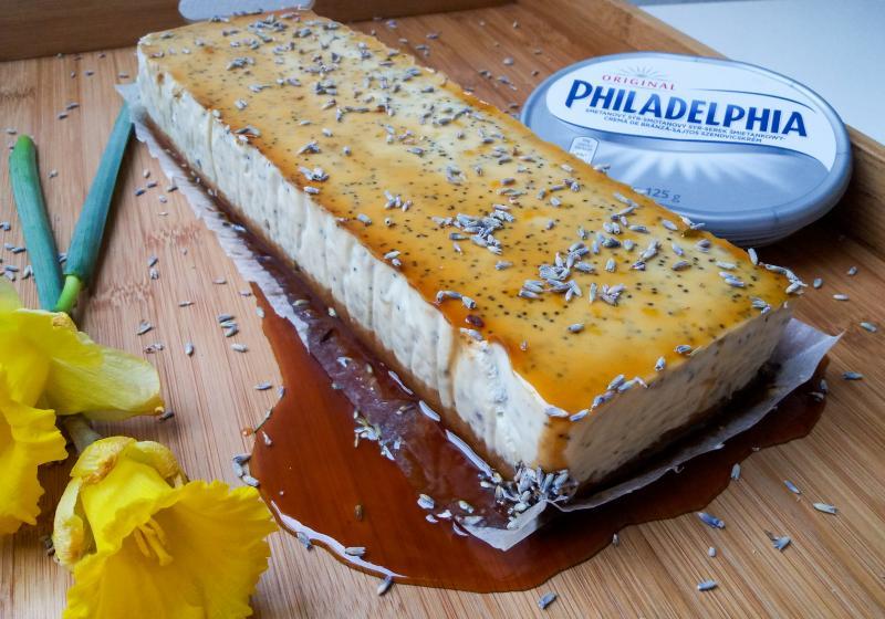 Makovo-citrónový cheesecake s levandulí