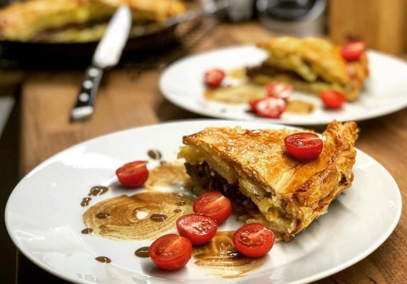 Plněný bramborový koláč
