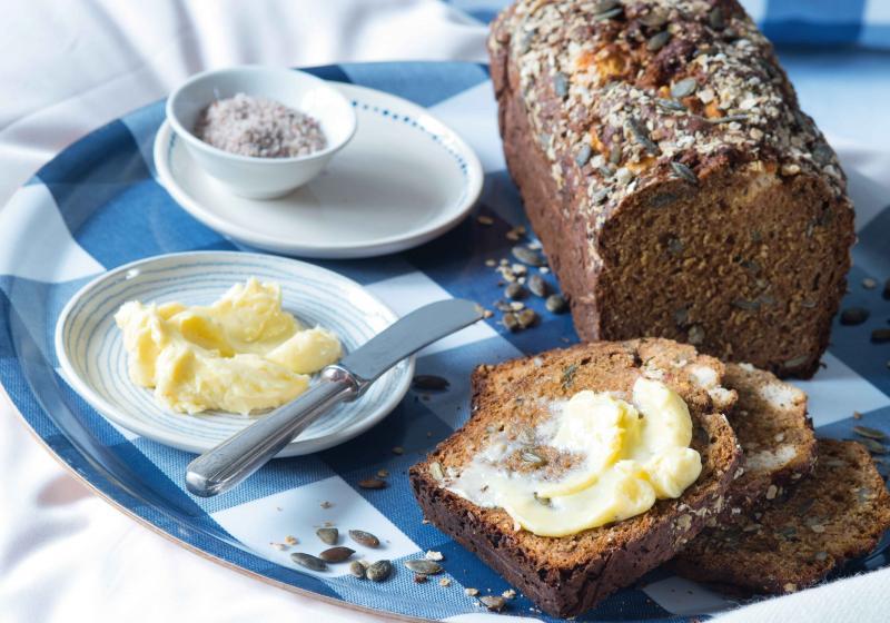 Řepný chlebíček s kozím sýrem