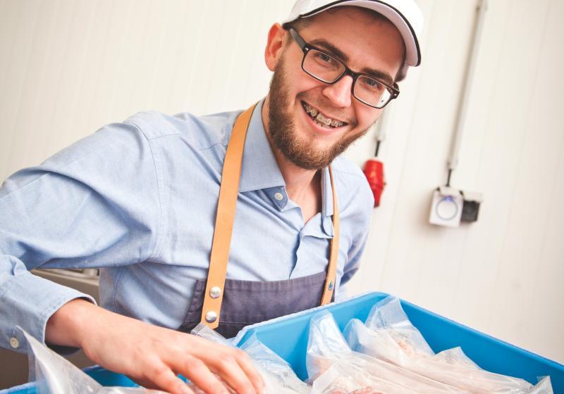 Snídaňová šalvějová grilovací klobása Tomáše Babince
