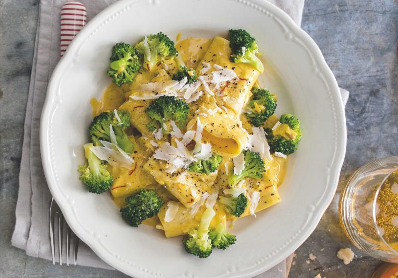 Těstoviny s brokolicí & šafránem