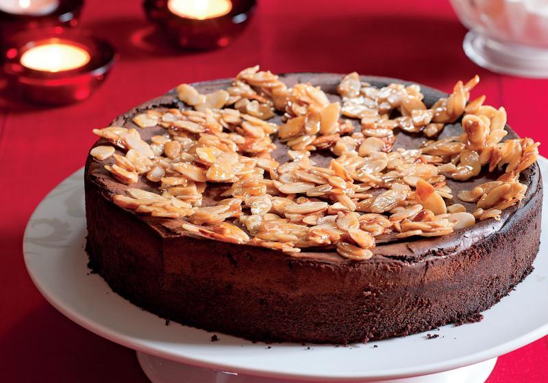 Vánočně okořeněný čokoládový koláč