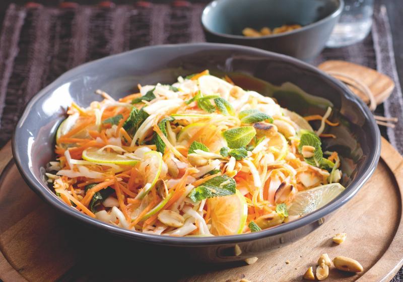 Vietnamský karotkový salát